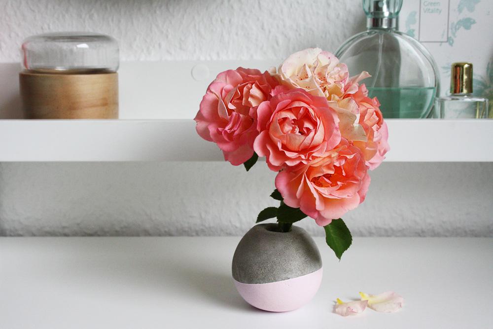 Beton Vase rund kugelförmig DIY Anleitung