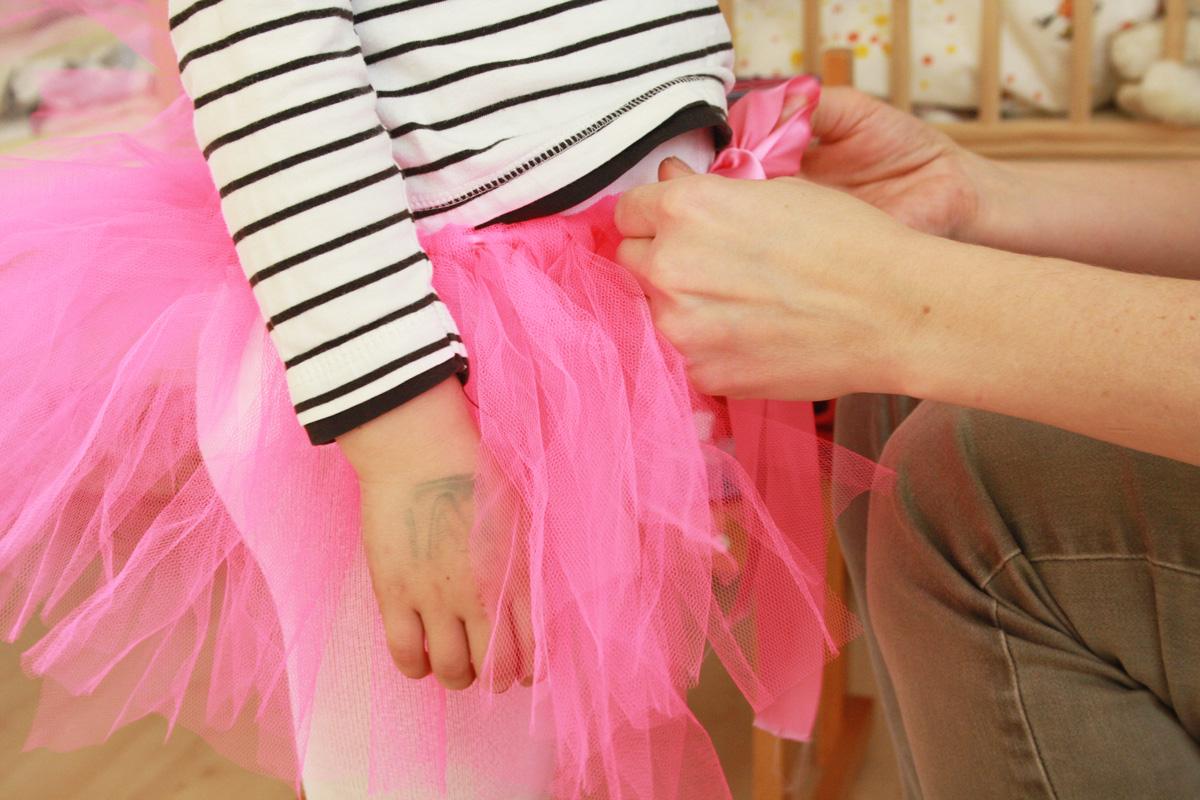 tuellrock_ballerina_tutu_kostuem_selber_machen_ohne_naehen_diy_anleitung_pink1